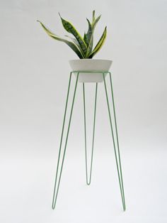 Crunchy Apple Green  Metal Wire Plant Stand Mid-Century Inspired