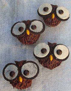 Cupcake Owl Cake