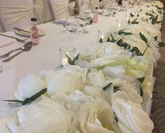Cream/Ivy Flower Top Table Runner #piecesandposies