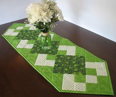St. Patrick's Day quilted table runner reversible FREE