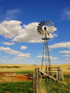 Old windmill well - a nostalgic necessity for farmers and ranchers out on the plains and a dime a dozen where I grew up in Oklahoma!