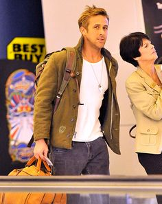 Ryan Gosling in what appears to be a USN N-1 Deck-Jacket. Tough guy swagger.