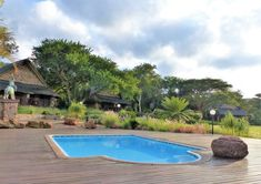 #KaingoExperience To cool off at Elephant Lodge, slip into the pool with views across the lawns with their resident warthogs and klipspringers. Then sun-dry on the loungers before taking a lazy nap in the shade under a wide canvas umbrella. www.kaingo.co.za