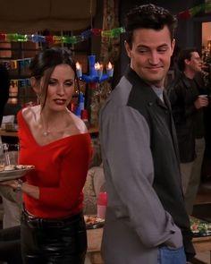 Friends Tv Show, Serie Friends, Friends Moments, Just Friends, Friends Forever, Ross Geller, Phoebe Buffay, Chandler Bing, Rachel Green