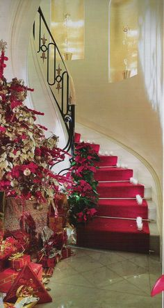 . Magical Christmas, Christmas And New Year, Christmas Holidays, Christmas Stuff, Christmas Ideas, Merry Christmas, Christmas Stairs, Christmas Mantels, Christmas Decorations