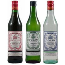 we use Dolin Vermouth for our french vermouth on the rocks w/soda & orange zest #fenchvermouth #dolin