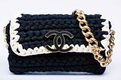 Borse Fettuccia Primavera Estate 2014 - Chanel, tracollina crochet bianca e nera - #bags #bag #chanel