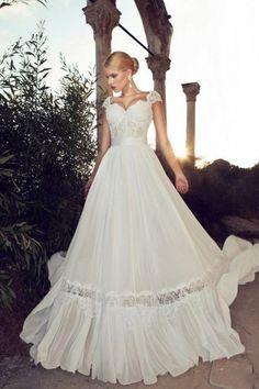 Vintage style wedding gown great for rustic weddings.