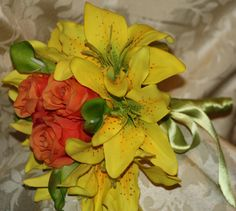Yellow asiatic lilies lime green calla lilies by SilkFlowersByJean, $35.00