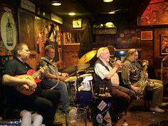 Cologne Altstadt - most laid-back jazz band I've ever seen by Much Rod, via Flickr