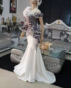 🍽 Ankara dress on flick Latest African Fashion Dresses, African Dresses For Women, African Print Fashion, African Wedding Attire, African Attire, African Traditional Dresses, Traditional Outfits, Dinner Gowns, Pretty Quinceanera Dresses