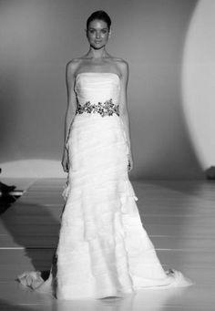 Enzoani Faye Organza Wedding Dress - Nearly Newly Wed