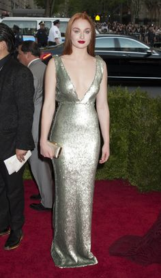 Game of Thrones's Sophie Turner Makes Some Red Carpet Waves