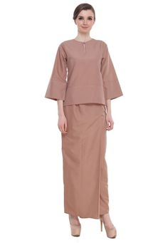 Shop Amar Amran Baju Kurung Kedah Qaseh NOW only RM 195.00 at ZALORA Malaysia   FREE Delivery Above RM75 ✓ Cash On Delivery ✓ 30 Days Free Return ✓   Buy the latest Amar Amran on ZALORA Malaysia!