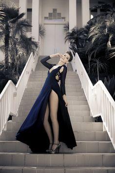 Goth, Stairway, Beautiful, Mario, Dresses, Models, Street, Heart, Women
