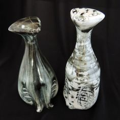 2 X RICHARD & SUSAN PARKINSON STUDIO ART POTTERY CAT FIGURES Studio Art, Art Studios, Pottery Art, Ceramics, Cats, English, Ebay, Learn English, Cartoon