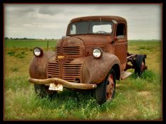 """specialcar: """" Dodge truck rusty and abandoned """" Old Dodge Trucks, Pickup Trucks, Abandoned Cars, Abandoned Vehicles, Rusty Cars, Truck Art, Old Tractors, Vintage Trucks, Barn Finds"""