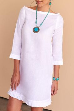 Dresses - Feminine, classic and all things pretty is the message with the white linen Jamyla dress Fácil Blanco is proudly designed and tailored in Dubai from Italian linen Casual Summer Outfits, Casual Dresses, Maxi Dresses, Shift Dresses, Evening Dresses, Modest Fashion, Fashion Dresses, High Fashion, Steampunk Fashion