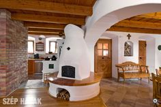 Kemencék: Beautiful Hungarian Home Furnaces Home Furnace, Outdoor Oven, Style Rustique, Rustic Fireplaces, Underground Homes, Earth Homes, Natural Building, Design Case, My Dream Home