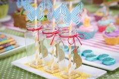 Mason jar drinks at a Easter Party #easter #partydrinks