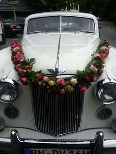 Car decoration for wedding malaysia party pinterest malaysia car decorating cars weddings girlande junglespirit Image collections