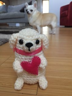 I crocheted this fat puppy for Valentine's Day, but my chihuahua looks a little concerned about it 😂