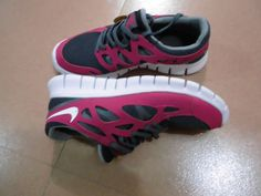 site full of NIke Free shoes 50% off