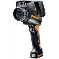 A Câmera termográfica 875 1i pode realizar testes em materiais e componentes sem os danificar. Isto permite detectar problemas na manutenção industrial e na produção antes que ocorra uma avaria ou risco de incêndio.