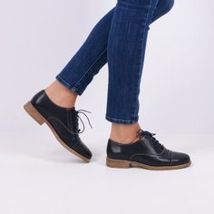 Pantofi Oxford din piele naturala bleumarin Edgar Oxford Shoes, Women, Fashion, Moda, Women's, Fashion Styles, Oxford Shoe, Woman, Fasion