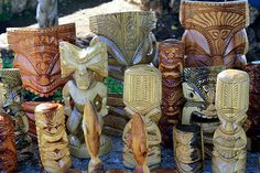 Tongan Culture   selection of carvings for sale from Tonga.