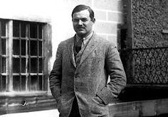 Ernest Hemingway and Gertrude Stein – Paris 1922 Ernest Hemingway, Hemingway & Gellhorn, Paris 1920s, Great Short Stories, Build A Story, Dorothy Parker, Scott Fitzgerald, Travel News, Travel Guides