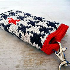How to deal with tapestry crochet to make a nice cozy with your own design. (in Spanish)