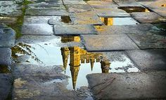 instantShift - Moments Of Reflective Photography