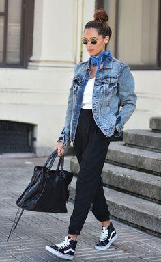 Джинсовая куртка - маст хэв осени 2017