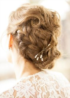"""<a href=""""http://www.fchairsalon.com/  """" target=""""_blank"""">Jess Awad  in Ottawa, Ontario     Working as part of the all-star creative team at Fernando Cellini Salon, Jess Awad is known for creating show-stopping wedding updos and loves to play with vintage-inspired styles like pin curl sets and modern beehives. When asked to describe her approach to hair styling, Awad says she considers every head of hair a canvas. """"I always look for the shapes that exist and the shape I want to create.""""…"""