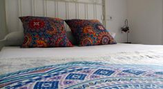 Noches de Triana Sevilla Noches de Triana is located in Seville's Triana neighbourhood and has free internet in all its bedrooms. This charming guest house is 10 minutes' walk from the Maestanza Bullring and 15 minutes from the Cathedral.