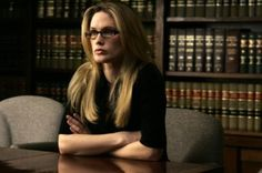 Stephanie March as Alex Cabot on Law and Order SVU - best lawyer they've had. Stephanie March, School Today, Law School, Alexandra Cabot, Alex And Olivia, Criminal Law, Criminal Defense, Attorney At Law, Injury Attorney
