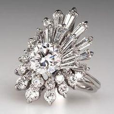 Jewelry Diamond : Vintage Ballerina Cocktail Ring Carats of Diamonds in White Gold Modern Jewelry, Fine Jewelry, Jewellery, 3 Karat, Antique Jewelry, Vintage Jewelry, Jewelry Accessories, Jewelry Design, Vintage Diamond