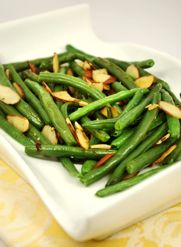 Thanksgiving recipes should be delicious and easy too. These quick green beans are a perfect side dish for your turkey. They can be made ahead--reheat and add almonds just before serving.