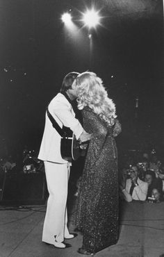 George Jones and Tammy Wynette, photograph by Don Foster. Country Love Songs, Best Country Singers, Best Country Music, Country Couples, Country Music Artists, Country Music Stars, Country Videos, George Jones, Love Songs Playlist