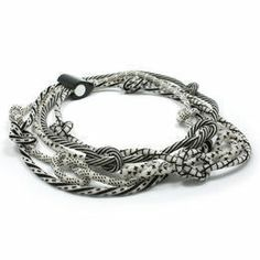 Jacqueline Lillie black & white neckpiece, five ropes, 2013
