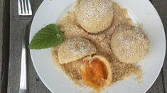 Marillenknödel: Wenn das Leben dir Aprikosen gibt, mach Marillenknödel | ZEITmagazin