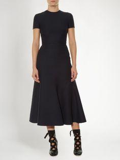 6eeceb929125425fbed56b009d3feadd--valentino-uk-midi-dresses.jpg (236×314)