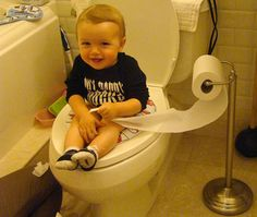 Eliminate Diapers with Infant Potty Training! | Inhabitots