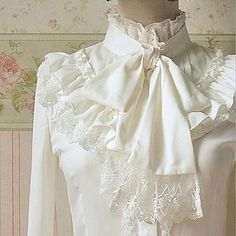 Top o camicia Lolita Classica e Tradizionale Lolita Cosplay Vestiti Lolita Bianco Tinta unita Maniche lunghe Lolita Camicia Per Da donna del 2016 a €23.80