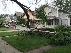 PITTSBURGH/June 19, 2017(AP) (StlRealEstate.News)— Residents of about 40 homes near Pittsburgh have been forced to stay inside after a downed power line ignited a leaking natural gas line, causing a fire.    A tree downed by lightning is being ...