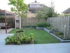 Garden Design Layout - New ideas Back Garden Design, Backyard Garden Design, Rooftop Garden, Backyard Patio, Backyard Landscaping, Balcony Gardening, Back Gardens, Small Gardens, Outdoor Gardens