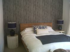 Bedroom with new wallpaper (Hertex wallpaper from the Wall Street range) Different Textures, New Wallpaper, Wall Street, Shades Of Grey, New Homes, Range, Paint, Bedroom, Wood