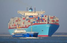 World's biggest ship is the Ema Maersk - a container ship of gigantic proportions. No, we don't need a bigger ship than this one! With an abnormally big. Tanker Ship, Maersk Line, Ship Tracker, Trains, Merchant Marine, Tug Boats, Armada, Speed Boats, Tall Ships