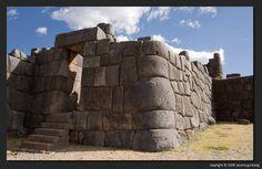 sacsayhuaman-door ...Cuzco
